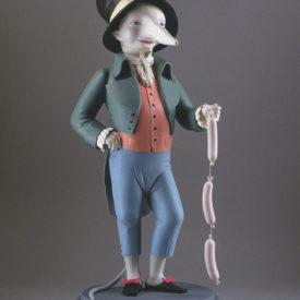 Крысёнок с сосисками. Скульптура М.Шемякина
